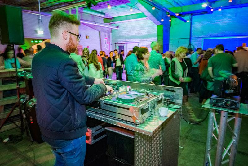 Jubileum DJ boeken